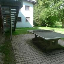 Tischtennisplatte am Nachthaus