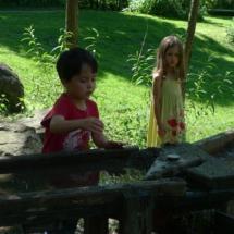 Wasserspielplatz auf dem Wohnheimsareal der Haslachmühle